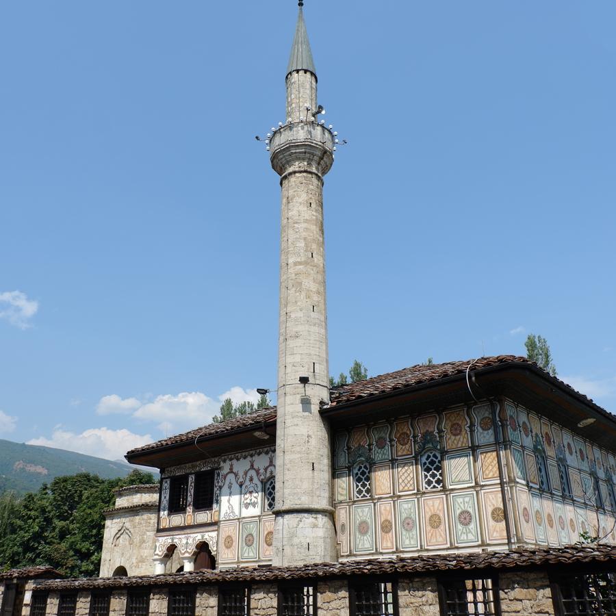 Macedonia_Tetovo_Painted_Mosque_Sarena_Dzamija.jpg