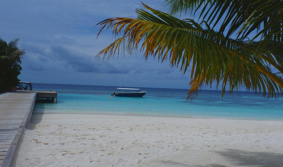 Kandolhu_Cloudy_Maldives.jpg