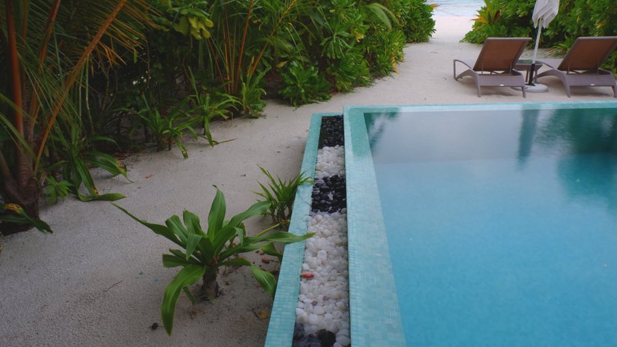 Kandolhu_Duplex_Villa_Pool1.jpg