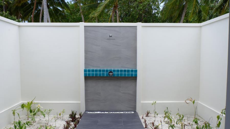 Dhigali_Maldives_BeachVilla8.jpg