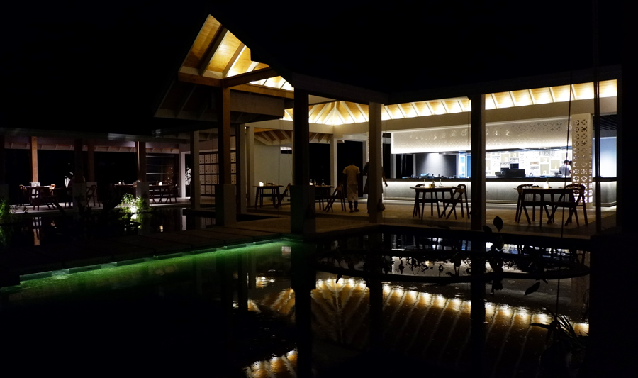 Dhigali_Maldives_Battuta_Dinner3.jpg