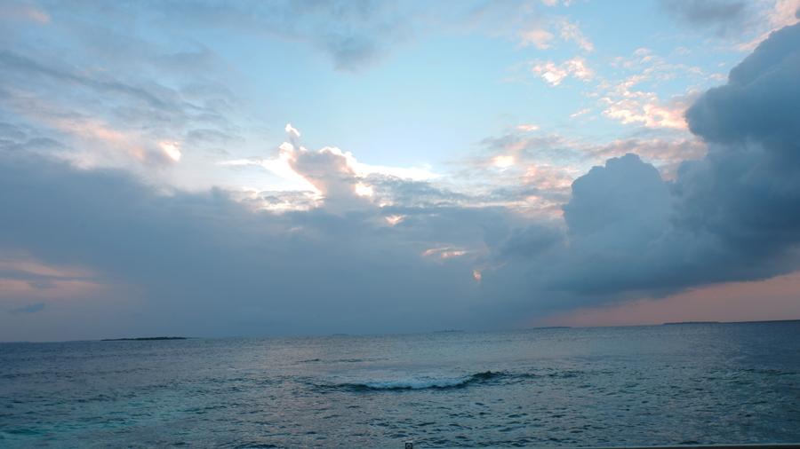 Dhigali_Maldives_Sunrise5.jpg