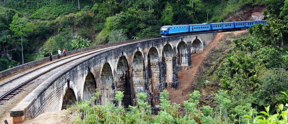 ella-9-arches-bridge-srilanka.jpg