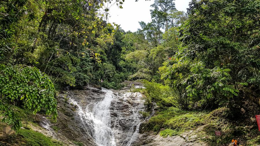 creativitywithkay-cameronhighlands-malaysia-qatarblogger-lata-iskandar-waterfall.jpg