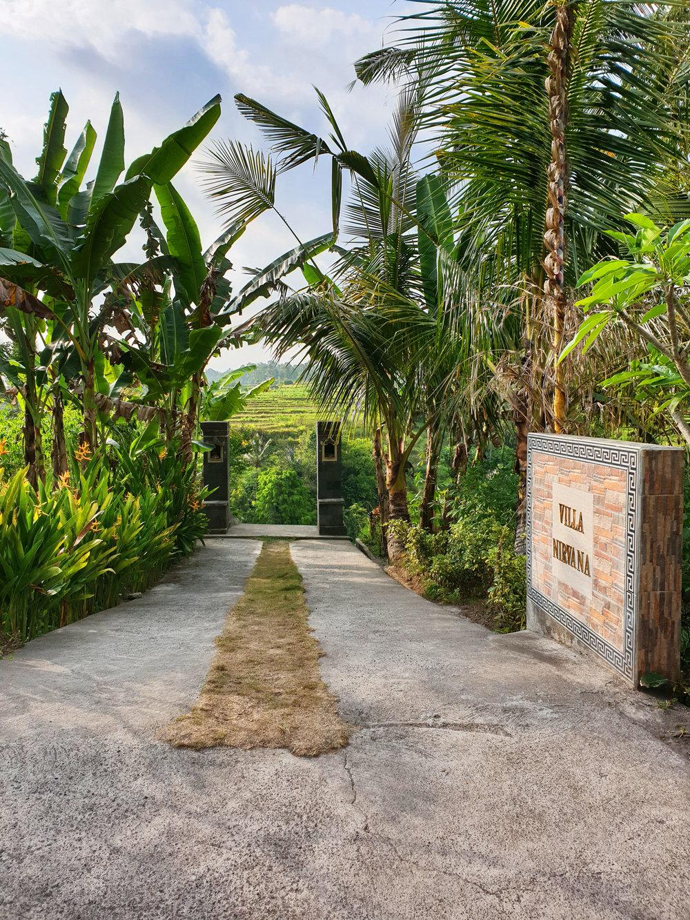 villanirvana_entrance.jpg