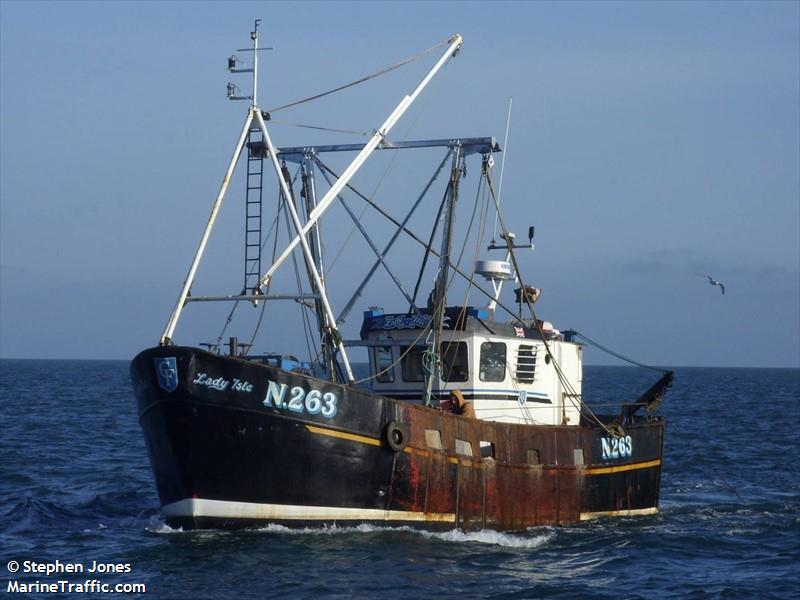 LADY ISLE N263   Type: Metal Hull Trawler  Size: 12.14m  Built: 1968