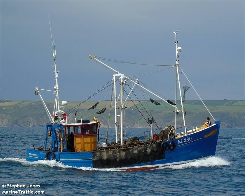 LOYAL FRIEND N280   Type: Wooden Hull Trawler  Size: 11.7m  Built: 1965; Banff