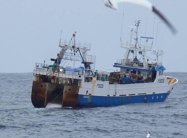 SANAMEDIO FD525   Type: Metal Hull Trawler  Size: 36m  Built: 1994; Spain