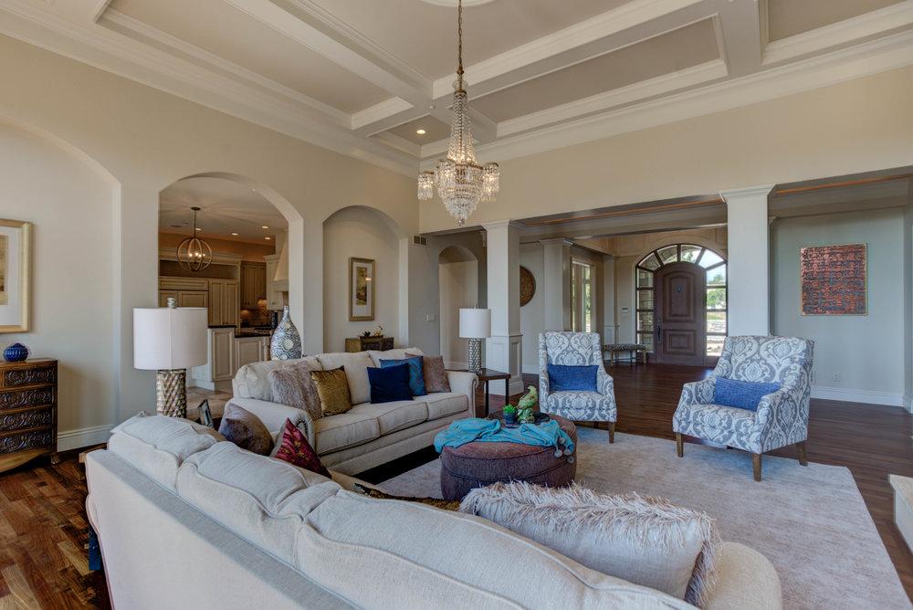 Living Room - Basic