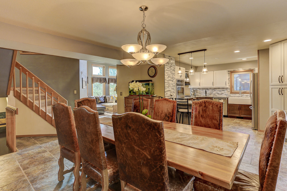6250 Spurwood Dr Dining room b.jpg