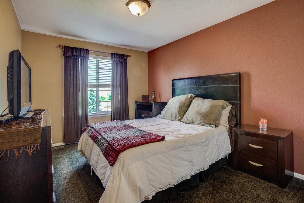5542+S+Valdai+Way_Bedroom1A.jpg