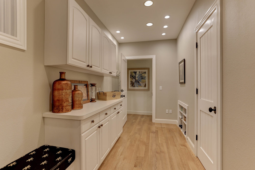 5980 South Ogden Court_MudRoom.jpg