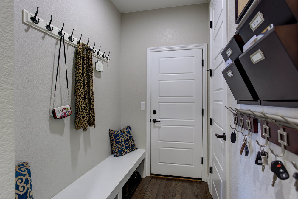 16679 Prospect Lane_MudRoom.jpg