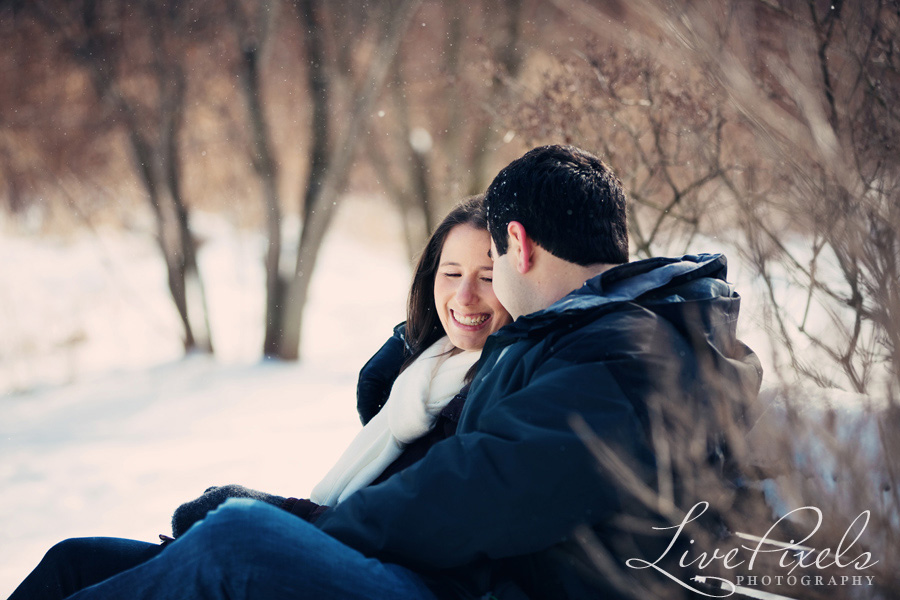 winter engagement pictures in toronto