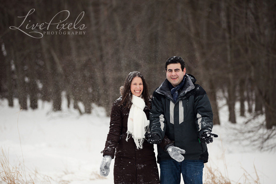 fun engagement photos in toronto in the snow