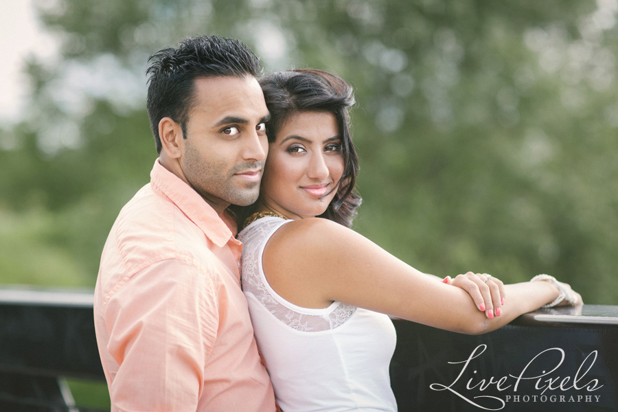 """couples portraits in the park in markham"""