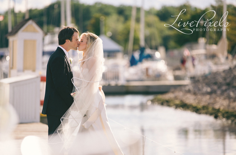 """wedding pictures in Bronte Harbour in Oakville"""