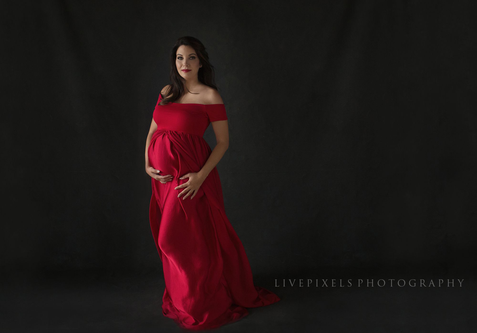 Serena Willians Inspired Maternity Portraits - Livepixels Photography, Toronto / livepixelsphotography.com