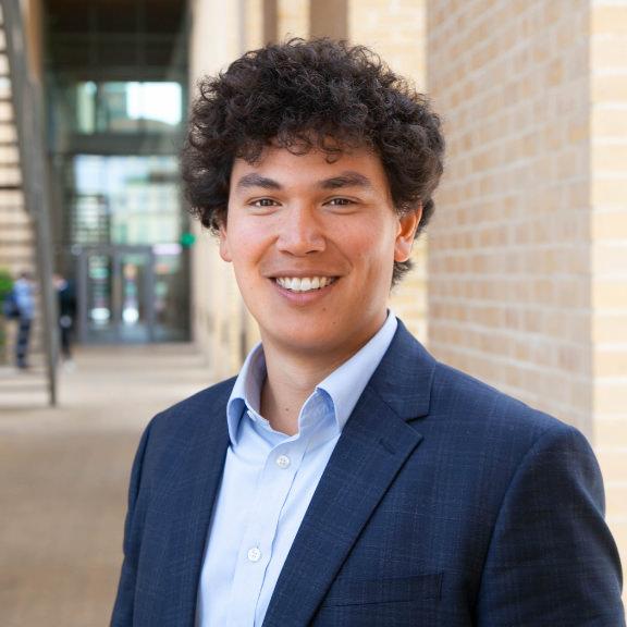 Alastair Colin-Jones - 大项目经理——研究与教育