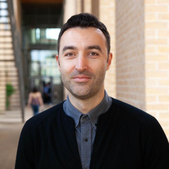 Bojan Angelov - 项目总监——组织文化与设计