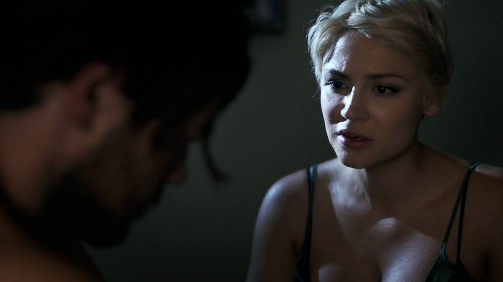 samaire-armstrong-as-brooke-arguement-scene.jpg