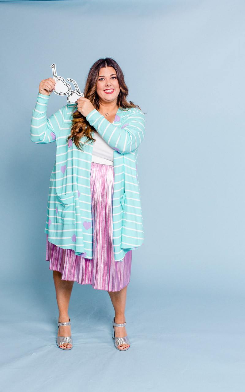 LuLaRoe-Caroline-Mid-Length-Cardigan-with-side-pockets-light-blue-striped-purple-hearts.jpg