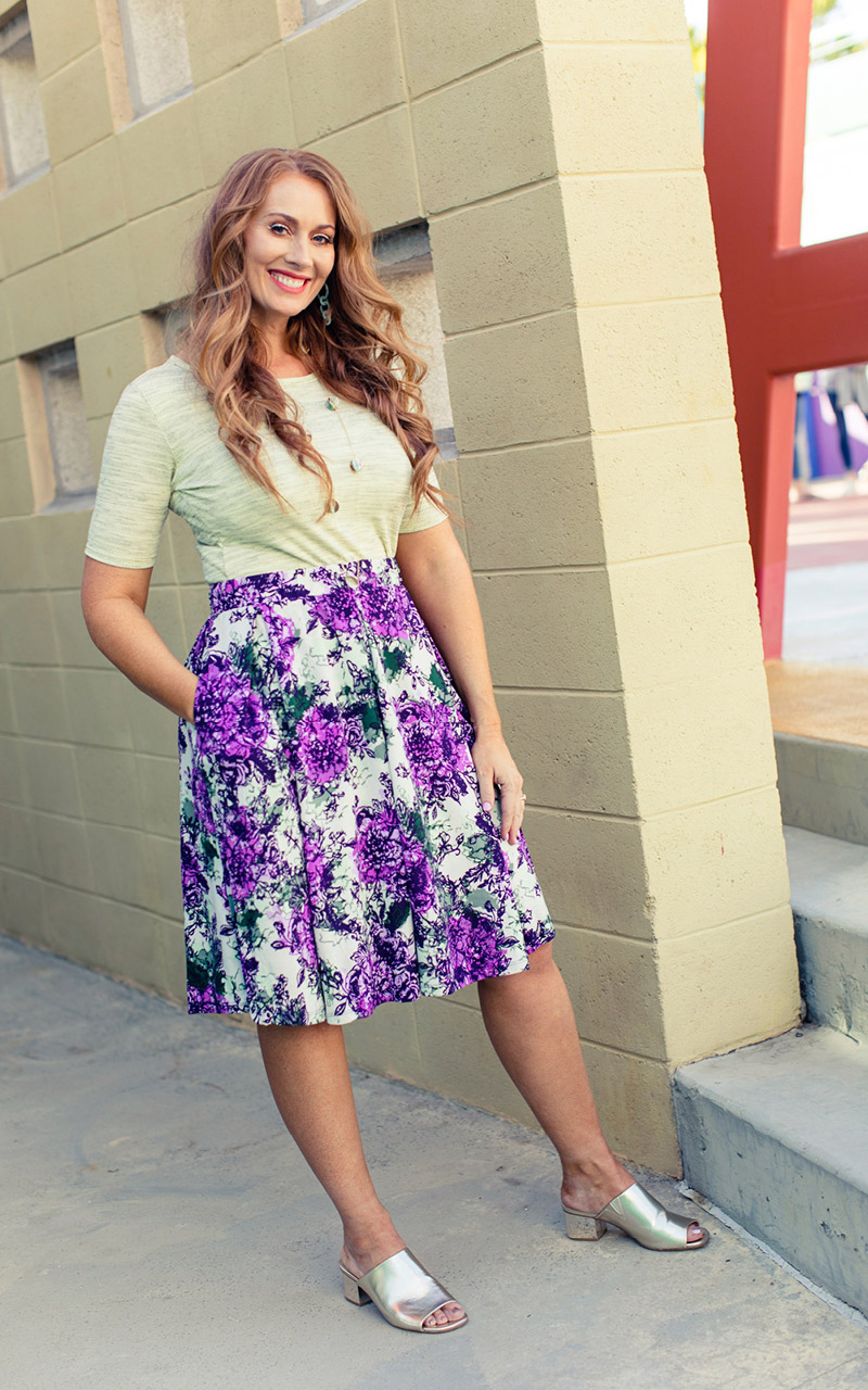 LuLaRoe-Madison-Mid-Length-Skater-Skirt-With-Pockets-purple-and-white-floral-2.jpg