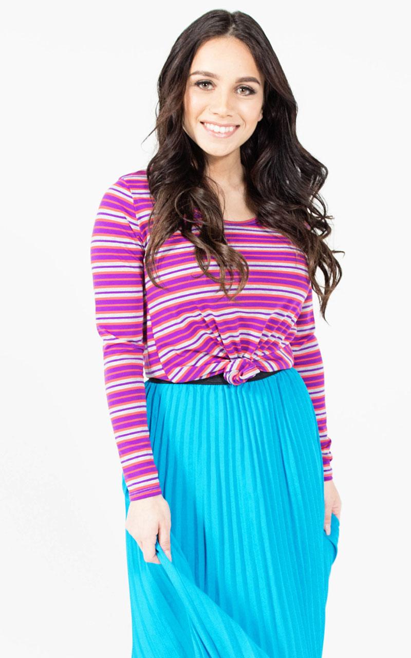 LuLaRoe-Lynnae-Long-Sleeve-Scoop-Neck-Top-pink-stripes.jpg