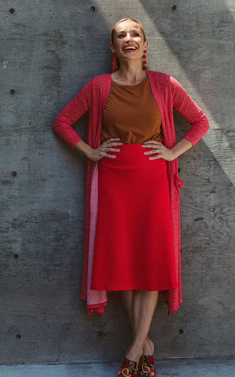LuLaRoe-Azure-Mid-Length-A-Line-Skit-With-Yoga-Band-red.jpg