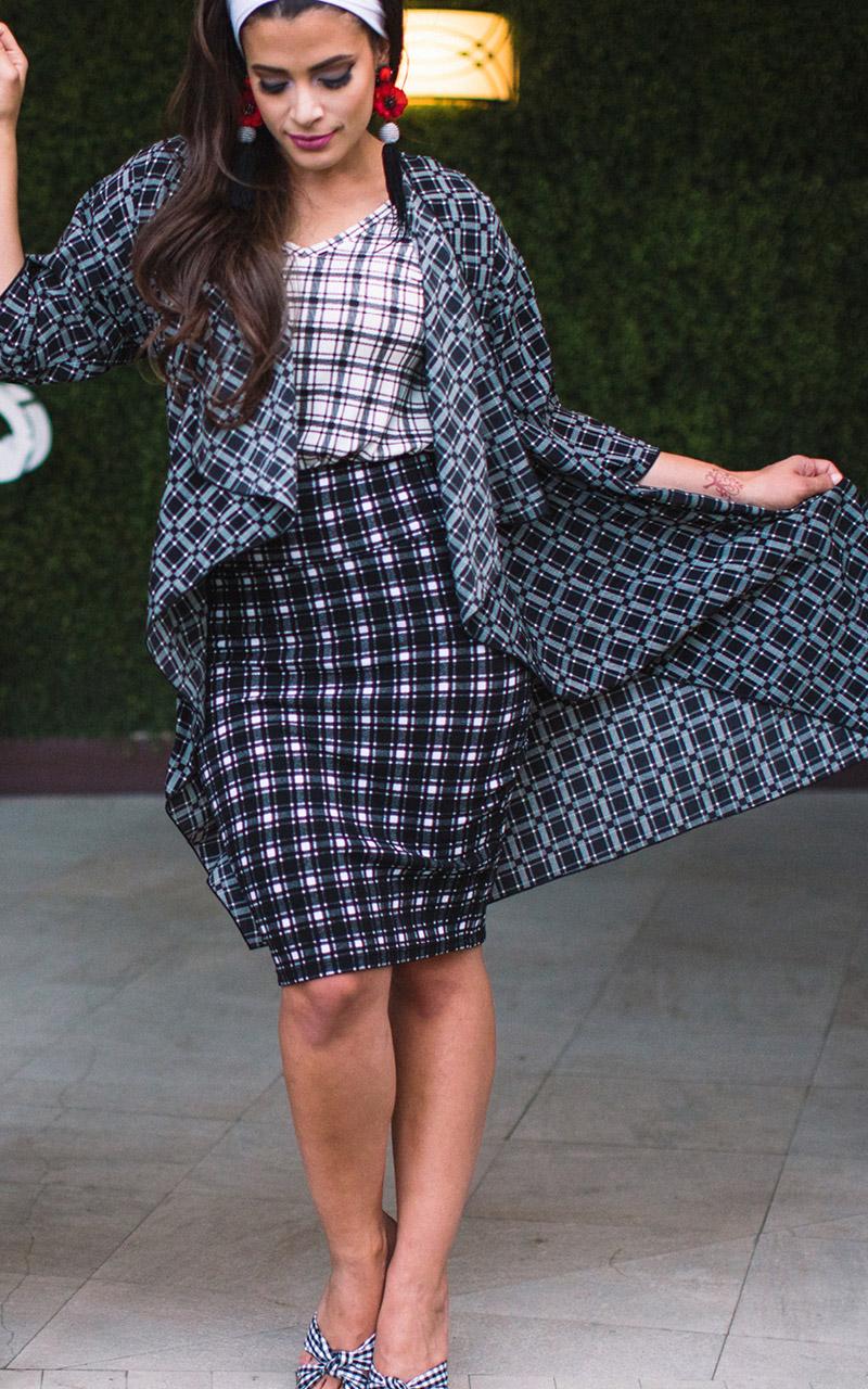 LuLaRoe-Cassie-Mid-Length-Pencil-Skirt-black-and-white-checkered.jpg