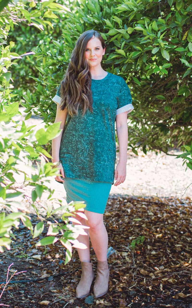 LuLaRoe-Cassie-Mid-Length-Pencil-Skirt-solid-green.jpg