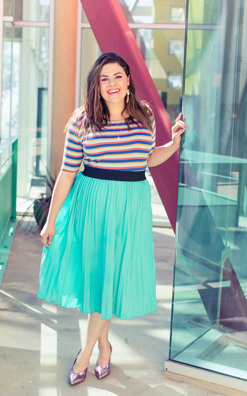 LuLaRoe-Jill-Pleated-mid-length-elastic-waistband-bright-turquoise.jpg