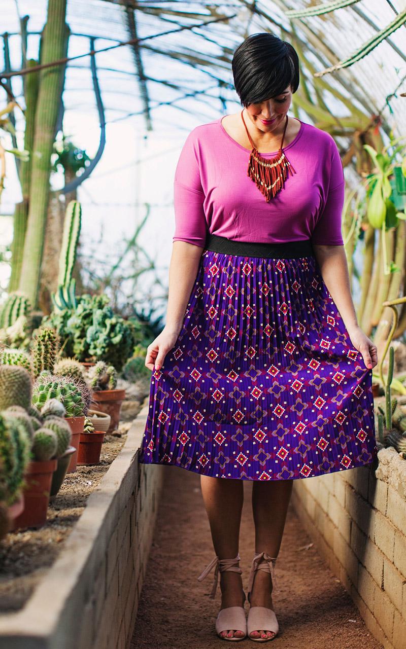 LuLaRoe-Jill-Pleated-mid-length-elastic-waistband-purple-repeat-pattern.jpg