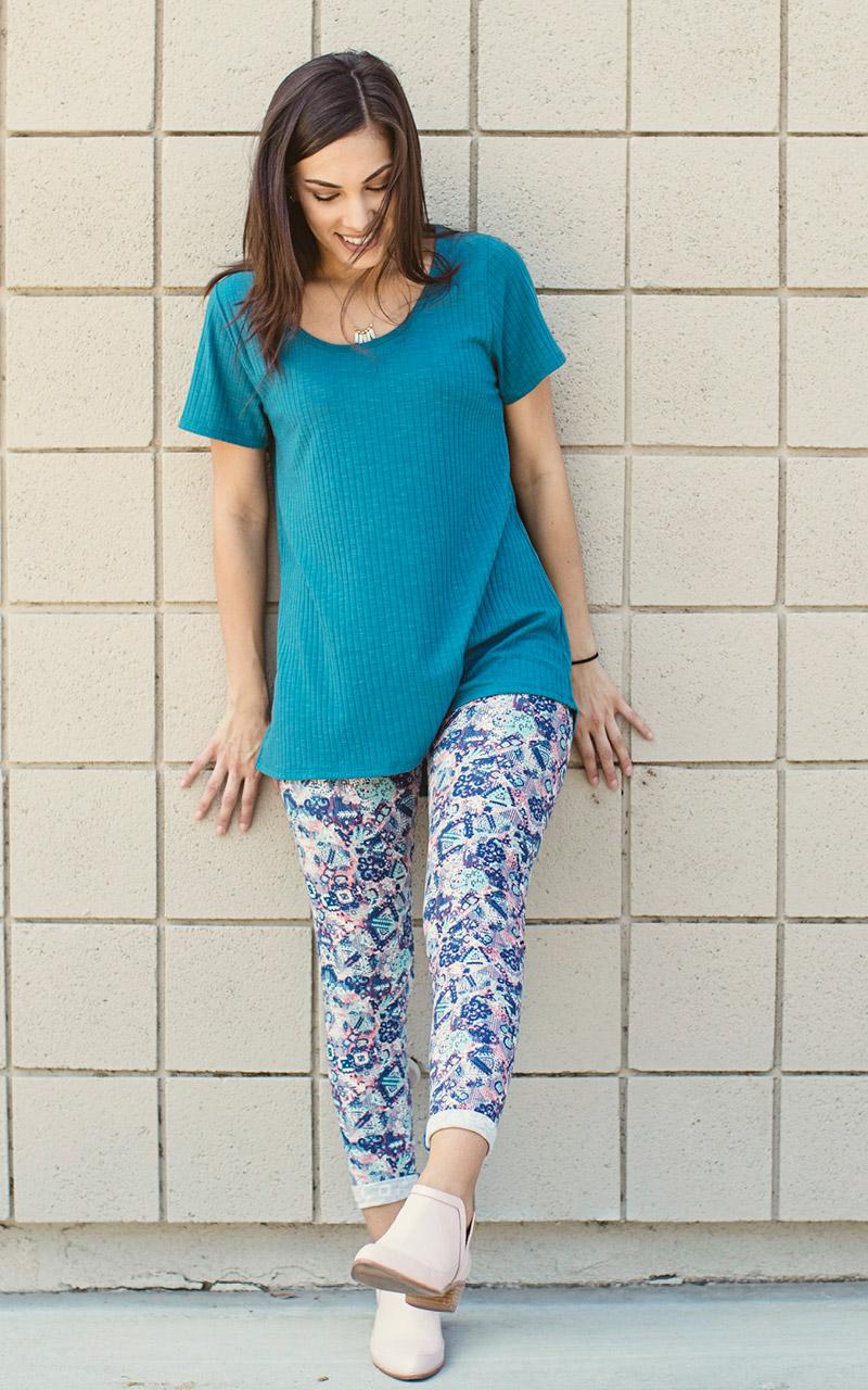 LuLaRoe-Classic-T-shirt-texture-blue-green.jpg