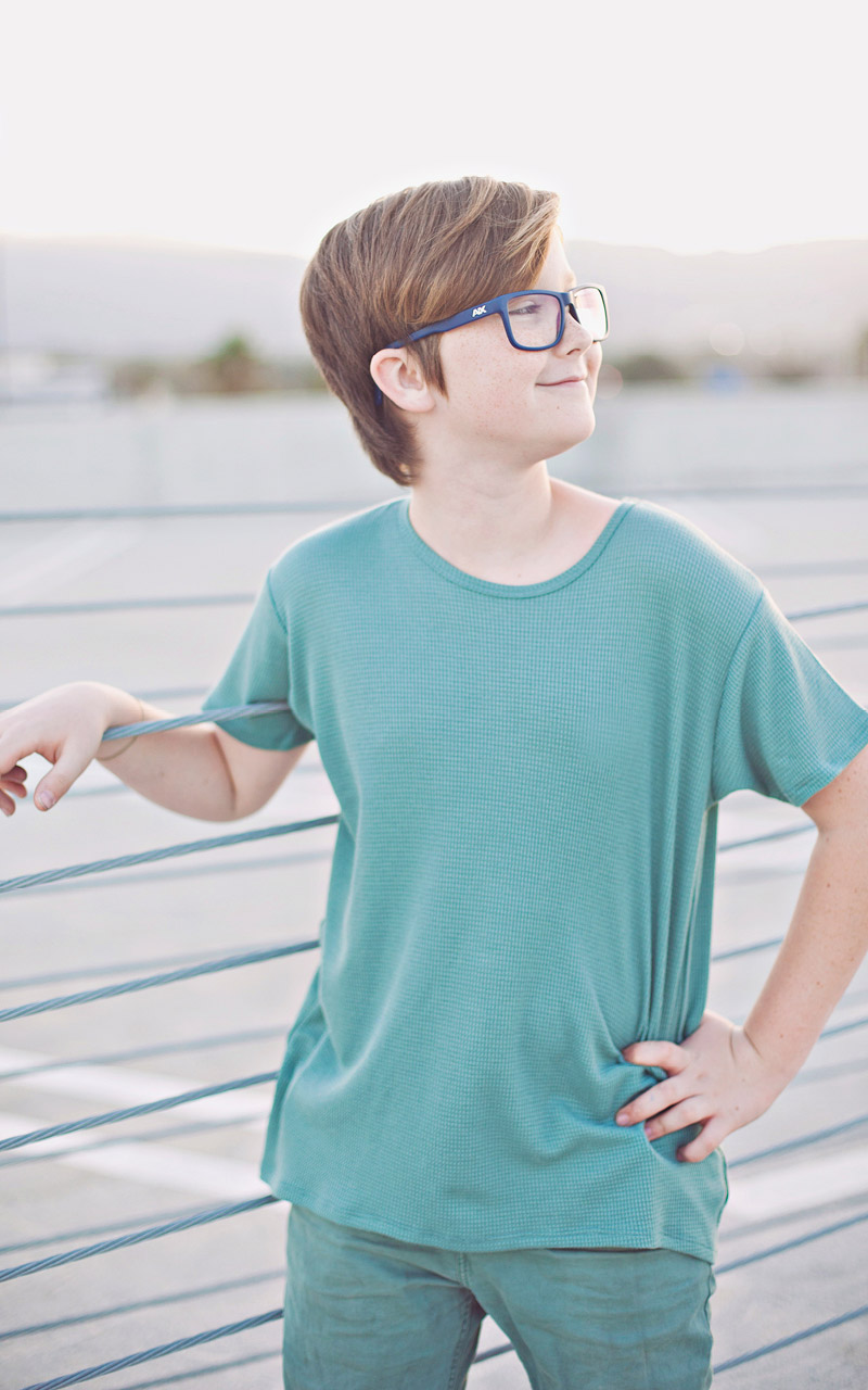 LuLaroe-Gracie-Top-High-Low-T-Shirt-Kids-green.jpg