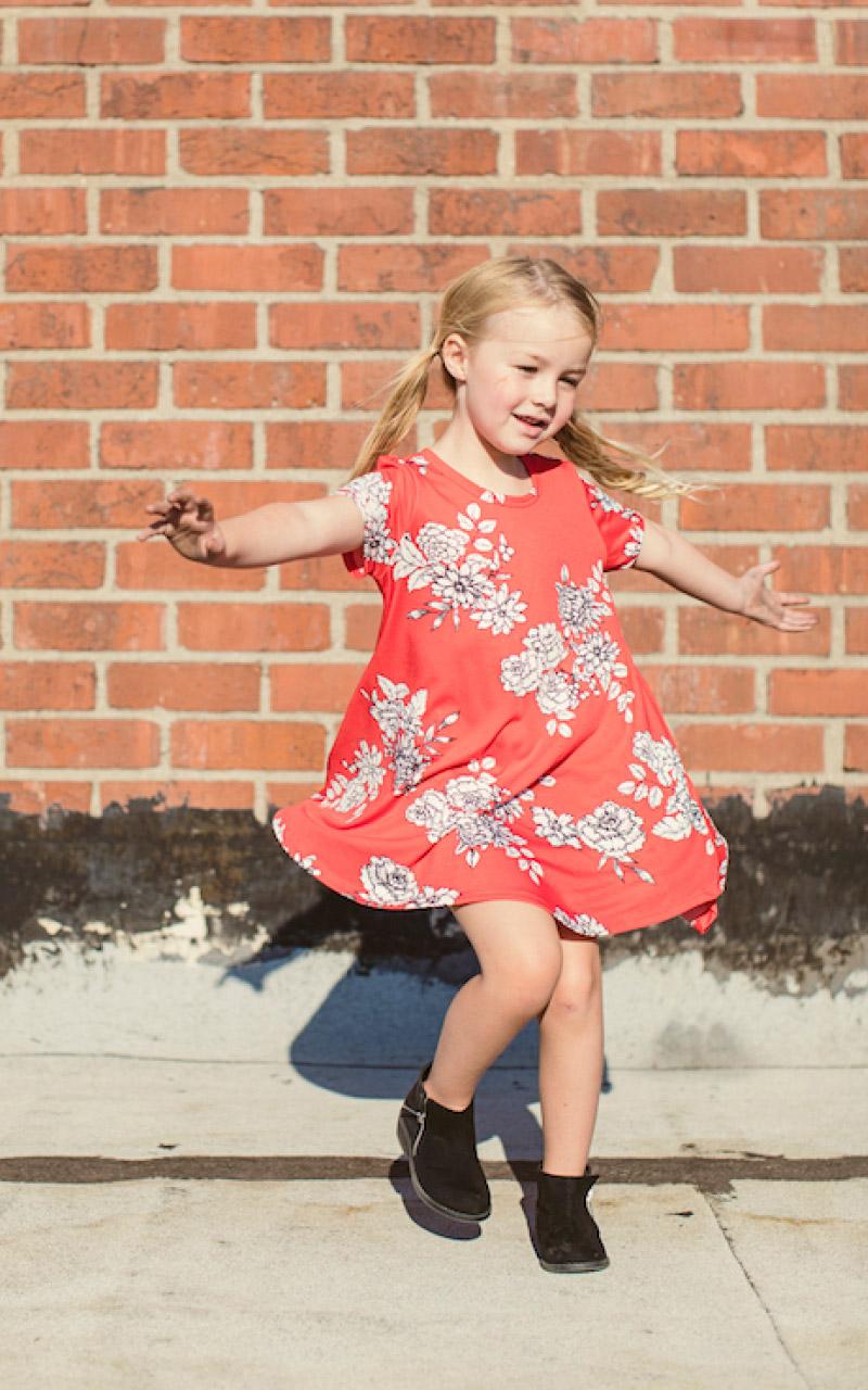 LuLaRoe-Scarlett-kids-T-shirt-dress-red-floral.jpg