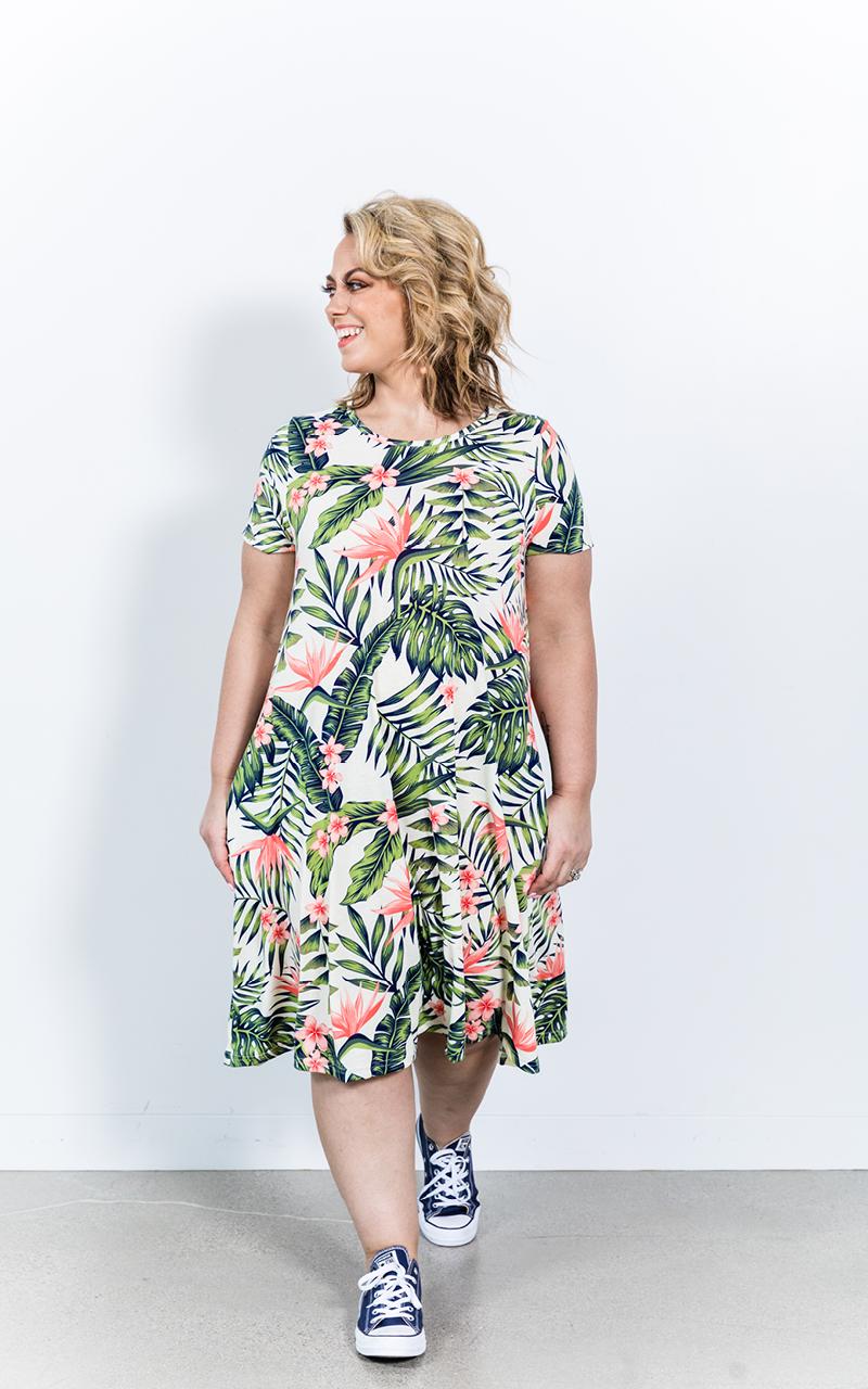 LuLaRoe-Jessie-T-Shirt-Dress-With-Pockets-tropical-leaves.jpg
