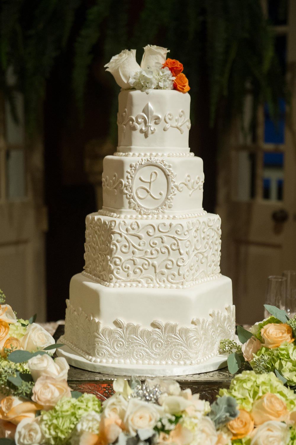 WeddingCake+4tier+FleurDeLis+Flourish.jpg