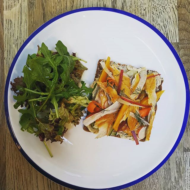Smoked mackerel on rye, Yum! #fitzbillies #cambridge #ryebread #lightlunch
