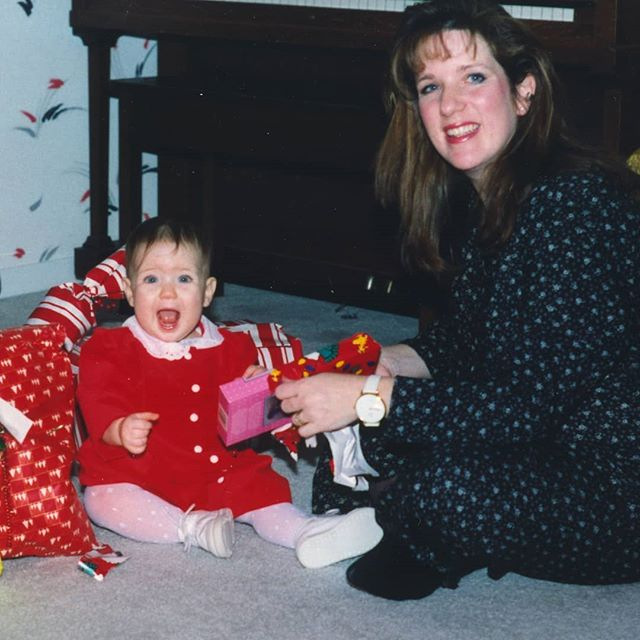 Happy holidays! 😊 Picture: super excited about something at Christmas 1992 with my mom ❤️ Thinking of all the other holiday babies celebrating holidays and birthdays all in the same couple weeks!  Also thinking of my lovely doula colleagues who may be missing some family time to help these babies be born to #empoweredmamas  #holidaybaby #doulasrock #doulasupport #birthdoula #doula #holidays #christmas #pregnancy #birthmatters #childbirth #doulalife