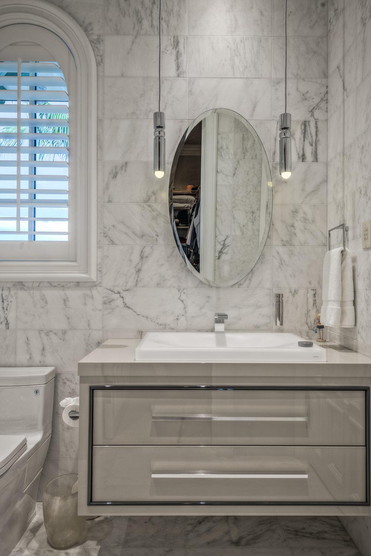 Private Beachfront Estate Guest Bathroom