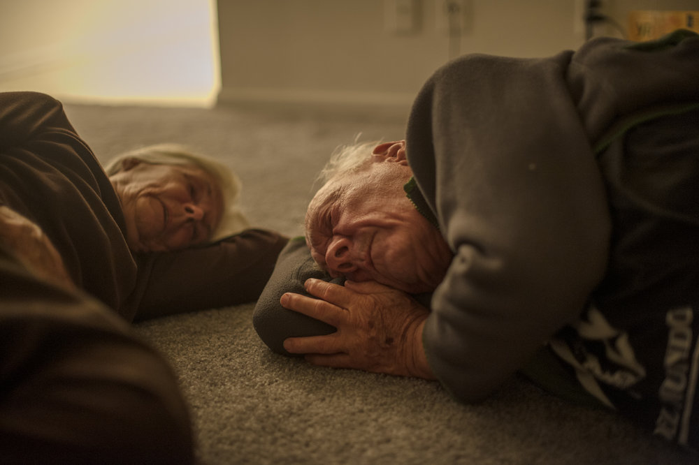 Will and Jeanie on the floor of his apartment.