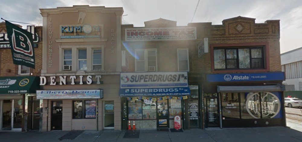 Superdrugs on Liberty Avenue in Richmond Hill is one of four Queens pharmacies owned by Aleah Mohammed, who allegedly defrauded Medicare for nearly $8 million. // Google Maps