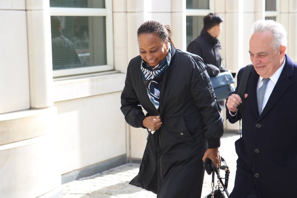 Former Assemblymember Pamela Harris walks to Brooklyn federal court.  Eagle  photo by David Brand.