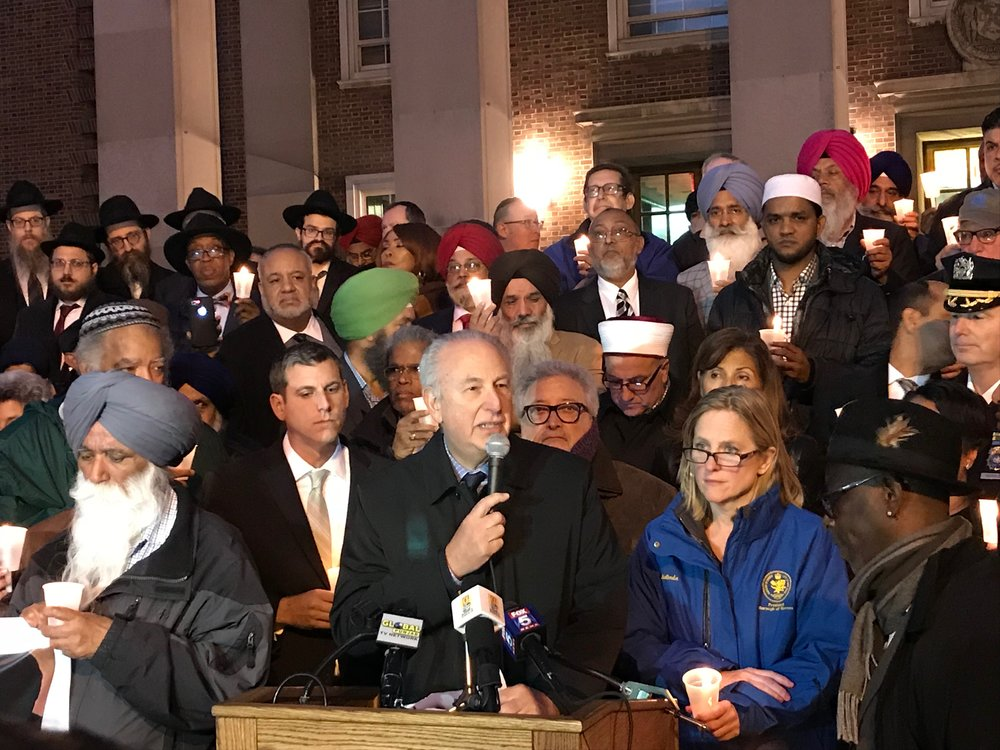 Jewish Community Council President Michael Nussbaum condemns the Pittsburgh synagogue attack. // Eagle photos by David Brand