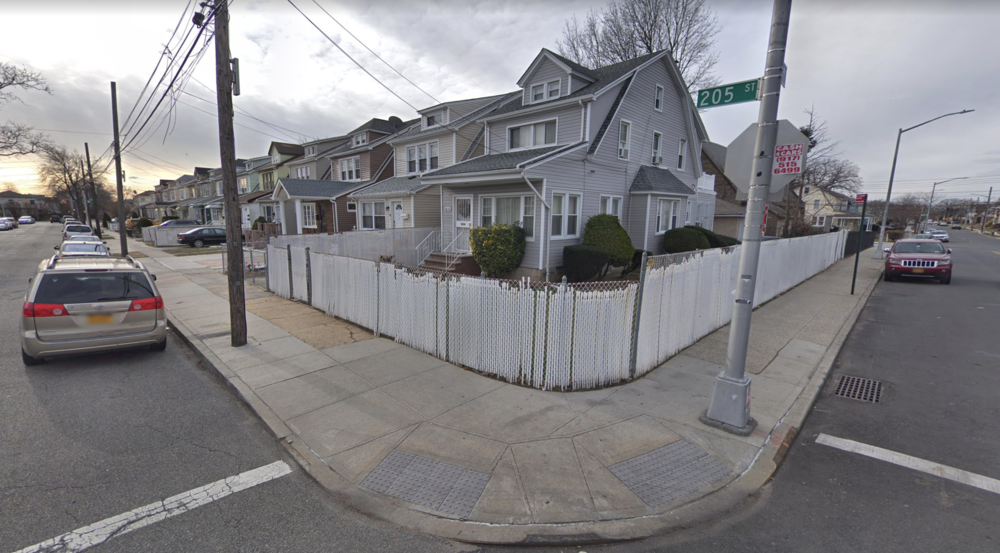 The corner of 205th Street and 116th Avenue in St. Albans, where Ronald Horton was robbed by two men in November 2016. The two defendants charged with the robbery were acquitted in Queens Criminal Court earlier this month. Photo via Google Maps