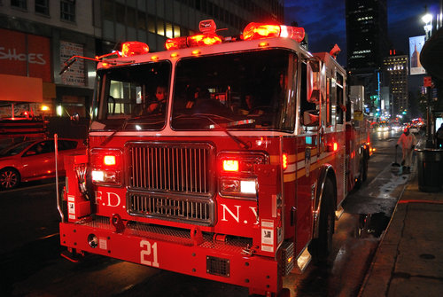 AN FDNY TRUCK. PHOTO BY ALONSO PARRA.