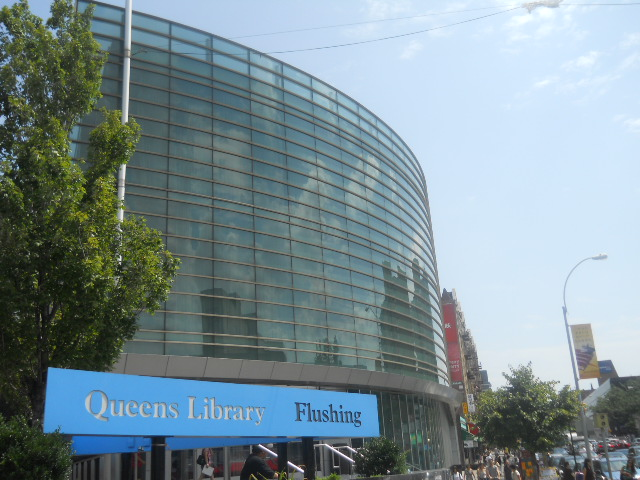 The Queens Library's Flushing branch was supposed to host a three-week photo exhibition before administrators pulled it. Wikimedia photo by Youngking11.