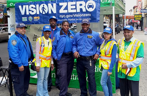 Mayor Bill de Blasio credited Vision Zero initiatives for the decrease in traffic deaths. Photo via nyc.gov.