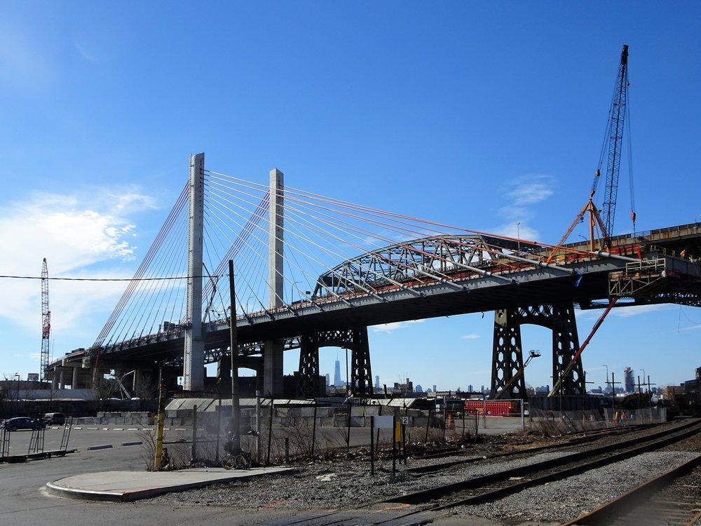 The Kosciuszko Bridge. Jim.henderson via Wikimedia commons.